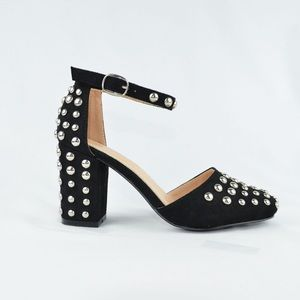 ⭐️ Women's Closed Toe Chunky Block Heel Black